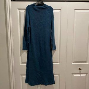 BEBE X CO + CO Maxi Sweater Tunic Size Large